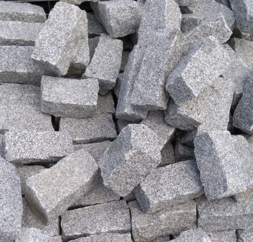 Graniitti reunakivi 20x10x10